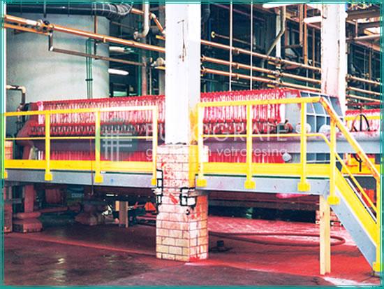 barandillas de seguridad para estructuras autoportantes en la industria papelera