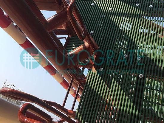 suelo de rejilla para la creación de una plataforma petrolera