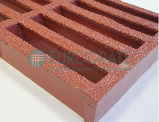 Rejilla con resina fenólica ASTM F3059-15 L2